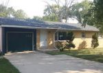 Foreclosed Home in Chicago Heights 60411 W 15TH PL - Property ID: 3694502660