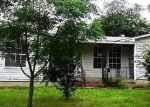 Foreclosed Home in Fort Worth 76106 OSCAR AVE - Property ID: 3696203300