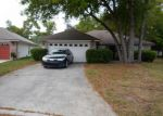 Foreclosed Home in Jacksonville 32225 MOUNTAIN VIEW TER - Property ID: 3697669199
