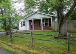Foreclosed Home in Marion 62959 CASH ST - Property ID: 3698993193