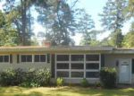 Foreclosed Home in Bladenboro 28320 4TH ST - Property ID: 3700841901