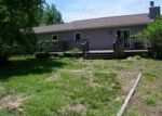 Foreclosed Home in Carbondale 62901 APPLE LN - Property ID: 3702760659
