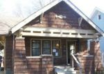 Foreclosed Home in Toledo 43612 WALKER AVE - Property ID: 3703015554
