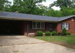 Foreclosed Home in Poplar Bluff 63901 BARRON RD - Property ID: 3703894568