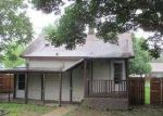 Foreclosed Home in Wood River 62095 N 1ST ST - Property ID: 3704471826