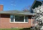 Foreclosed Home in Racine 53405 HAYES AVE - Property ID: 3705651725