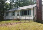 Foreclosed Home in Raymond 03077 WASHINGTON DR - Property ID: 3708538408
