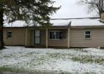 Foreclosed Home in Highland 48356 CAREY - Property ID: 3709036831