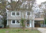 Foreclosed Home in Glen Burnie 21061 MYERS DR - Property ID: 3710045478