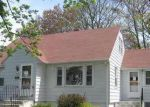 Foreclosed Home in Worcester 01604 HILTON AVE - Property ID: 3710326659