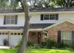 Foreclosed Home in Lake Jackson 77566 BANYAN ST - Property ID: 3712327765