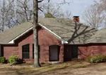 Foreclosed Home in Texarkana 75501 TIMBERLAKE DR - Property ID: 3712329959