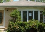 Foreclosed Home in Glendale Heights 60139 WINTHROP AVE - Property ID: 3714377473