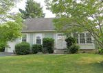 Foreclosed Home in Dover 19904 QUAIL HOLLOW DR - Property ID: 3715348465