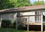 Foreclosed Home in Palmyra 22963 KIOWA LN - Property ID: 3715955948