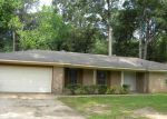 Foreclosed Home in Jackson 39204 FLOWERS DR - Property ID: 3717565941