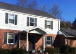 Foreclosed Home in Pineville 40977 SUMMIT DR - Property ID: 3718131794