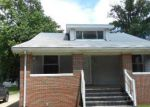 Foreclosed Home in Wood River 62095 ESTHER AVE - Property ID: 3718465975