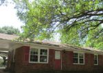 Foreclosed Home in Laurinburg 28352 ELIZABETH DR - Property ID: 3718813271