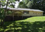Foreclosed Home in Crossville 38571 ESTATES LAKE DR - Property ID: 3719633605