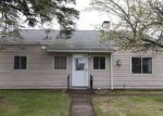 Foreclosed Home in Duluth 55802 MINNESOTA AVE - Property ID: 3720917299