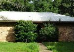 Foreclosed Home in Baton Rouge 70810 MADEIRA DR - Property ID: 3721136285