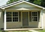 Foreclosed Home in Manchester 40962 UPPER RADER RD - Property ID: 3721173970