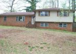 Foreclosed Home in Bessemer 35023 CRESCENT DR - Property ID: 3722721763
