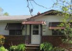 Foreclosed Home in Cleveland 44125 GREEN DR - Property ID: 3723730858