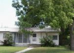 Foreclosed Home in Burnet 78611 LAMON ST - Property ID: 3727967366