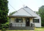 Foreclosed Home in Richmond 43944 N GREEN ST - Property ID: 3729780587