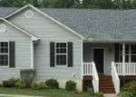 Foreclosed Home in Bethpage 37022 BLACKEY BANDY RD - Property ID: 3735826823