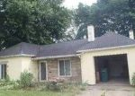 Foreclosed Home in Lincoln Park 48146 STEWART AVE - Property ID: 3736695766