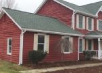 Foreclosed Home in Charles Town 25414 STEPHEN LN - Property ID: 3737171394