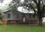 Foreclosed Home in Excelsior Springs 64024 MILWAUKEE ST - Property ID: 3739237315