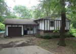 Foreclosed Home in Topeka 66617 NW HALF MOON CT - Property ID: 3740009918