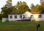 Foreclosed Home in Jesup 31545 E SHELLCRACKER RD - Property ID: 3742237889