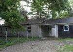 Foreclosed Home in Fairview Heights 62208 OLD LINCOLN TRL - Property ID: 3742303576