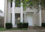 Foreclosed Home in Baton Rouge 70816 BOULEVARD DE PROVINCE - Property ID: 3742609276