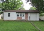 Foreclosed Home in Mascoutah 62258 MCKINLEY ST - Property ID: 3743261423