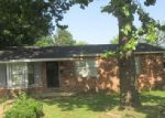 Foreclosed Home in Searcy 72143 S COLLEGE ST - Property ID: 3744208768