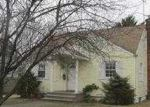 Foreclosed Home in Uniondale 11553 LOWELL RD - Property ID: 3744665573
