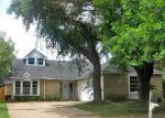 Foreclosed Home in Houston 77099 FAIRPOINT DR - Property ID: 3744879744