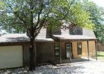 Foreclosed Home in Sulphur 73086 B ZELLNER RD - Property ID: 3745420637