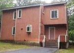 Foreclosed Home in Bushkill 18324 YORKSHIRE CT - Property ID: 3745698757