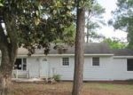 Foreclosed Home in Fayetteville 28306 STERLING ST - Property ID: 3745926941
