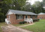 Foreclosed Home in Greenwood 29646 DORCHESTER ST - Property ID: 3746077597
