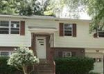 Foreclosed Home in Huntsville 35805 PICKETT DR SW - Property ID: 3747070932