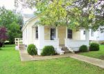 Foreclosed Home in New Albany 47150 VALLEY VIEW RD - Property ID: 3747888626