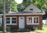 Foreclosed Home in Vicksburg 49097 GROVE ST - Property ID: 3750148569